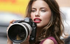 Hot girl is a photographer