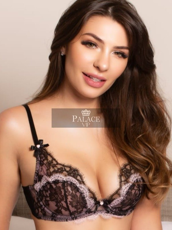 Elisa, Outcall Only, Brazilian Escort