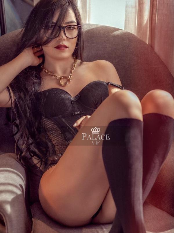 Dida, Mayfair, Brazilian Escort