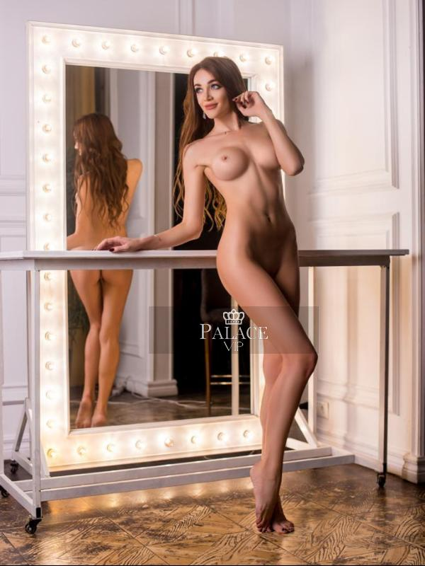 Lillian, Gloucester Rd, Russian  Escort