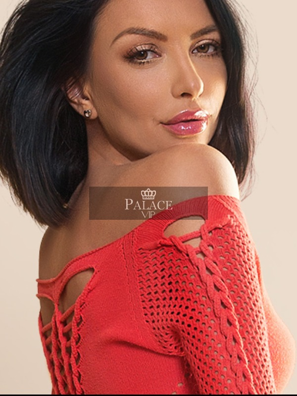 Ivona, Kensington, Eastern European Escort