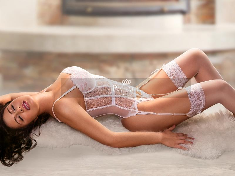 Loren, Paddington, Latin Escort