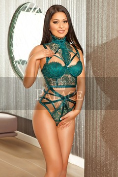 Naomi  Eastern European  London Escorts Girl